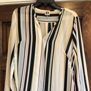 Ann Klein long sleeve top